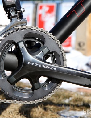 The Shimano Ultegra crankset is fitted with 'cross-friendly 46/36T chainrings