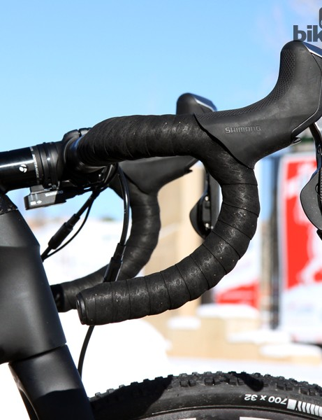The variable radius bend is covered with cushy Bontrager gel-backed tape