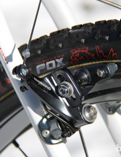 While many of her competitors are on disc brakes this season, the Terra is only offered in a canti version. Shimano Shimano CX70 brakes get the job done