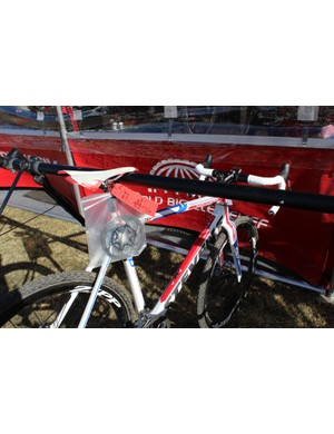 At the US Cyclocross National Championship in Boulder, Colorado, SRAM changed over more than 100 bikes from hydraulic to mechanical systems
