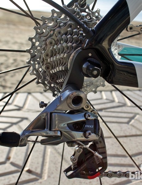 A SRAM Red 22 rear derailleur is paired to a SRAM PG-1170 cassette