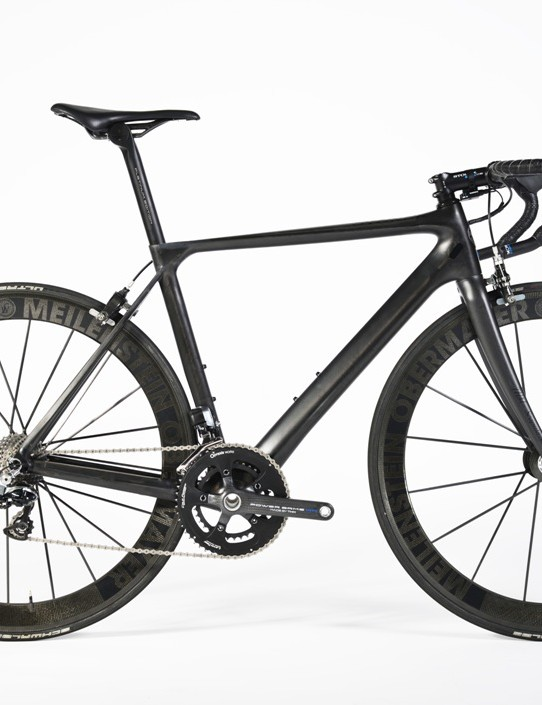 The Storck Aernario Signature Edition. We like it lots
