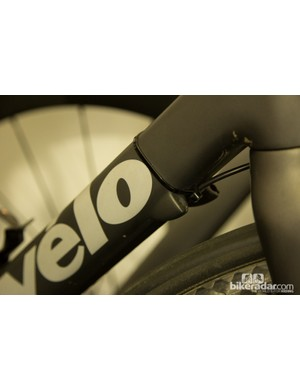 Nathan Haas of team Garmin-Sharp was on an older R series Cervelo - older Dura-ace 7970 Di2 is zip-tied to the frame