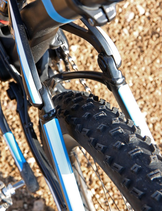 Tire clearance is very good with the stock 2.25in-wide Schwalbe Nobby Nic tires
