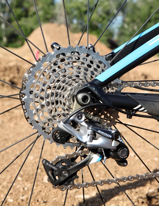 Color coordination on the SRAM XX1 components is a nice touch