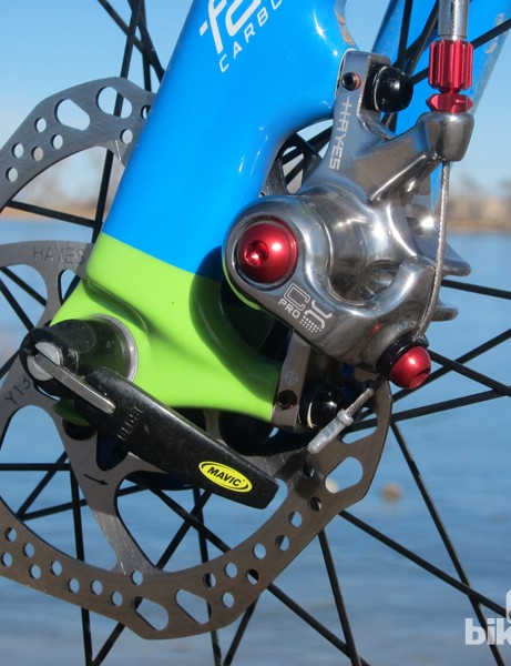 The Hayes CX Pro mechanical disc brake offers outstanding power and control in dry conditions. A sleek design and red anodized aluminum hardware give it an upscale appearance too