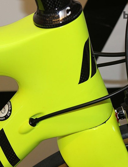 The Cipollini Bond is an aggressive brute: the stout headtube is complemented with a BB386 bottom bracket
