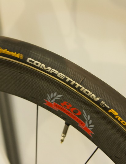 We spotted Greipel rolling on these Campagnolo 80th anniversary wheels for most stages, including his win on the final stage in Adelaide City