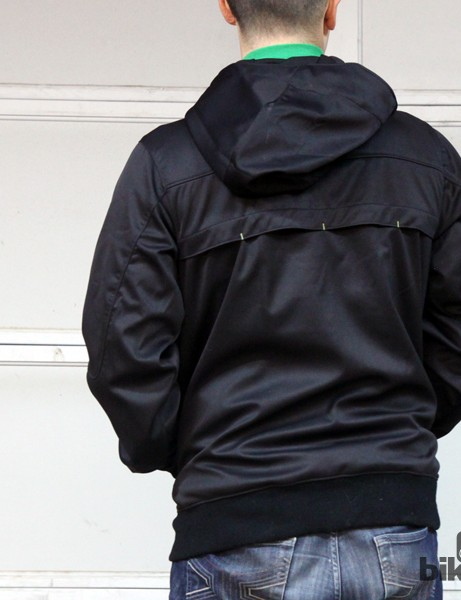 The Bontrager Rhythm Softshell Hoodie jacket's casual styling looks good on or off the bike