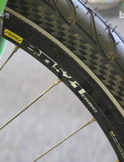 The 26in Mavic EN521 rims wear 50mm Continental Top Contact rubber