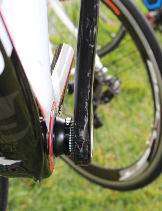 The Over-Torque Comp Ultra and the Comp One are non-series 11-speed cranks that come in 170, 172.5 and 175mm lengths