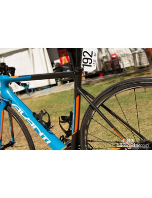 Long, thin chainstays and a slim 27.2mm seatpost help to create a smoother ride quality