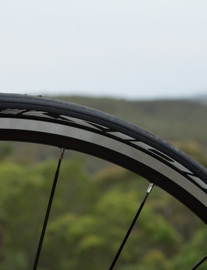 Mavic Aksion tyres in 25mm provide confident grip and an element of comfort