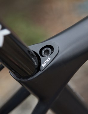 The use of a torque wrench is critical with an integrated seat clamp