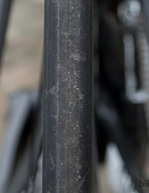 The Mavic Aksion tyres feature a light tread pattern