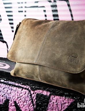 Chapeau! Hide Leather messenger bag
