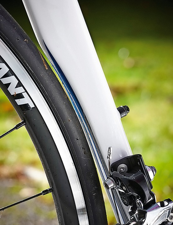 Giant's TCR has a tighter rear end than its defy bikes