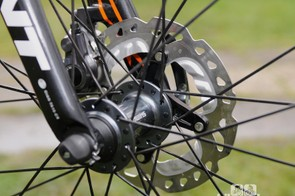 The Shimano CX75 disc hubs. Note the forward facing dropout