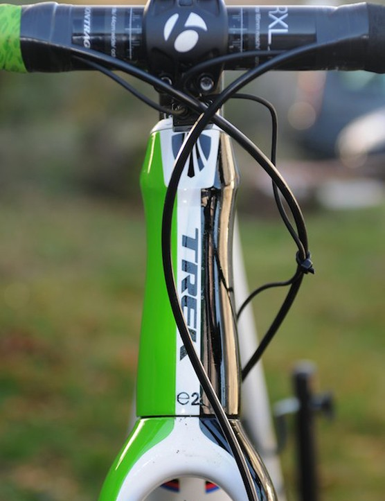 Trek's E2 head tube for Sven's 56cm frame is 16cm, and the slightly higher position is ideal for cyclocross. The fork also has good clearance for 33mm tyres