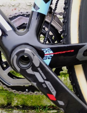 Left side view of the chain guide that protects the carbon frame as well as preventing chains unshipping on the inside