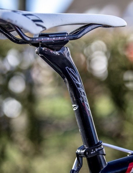 While the front portion of Stybar's cockpit is alloy, the seatpost and seatpost rails are carbon