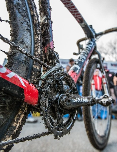 Drivetrains take a beating in cyclocross. Many racers at Hoogerheide were swapping bikes every other lap