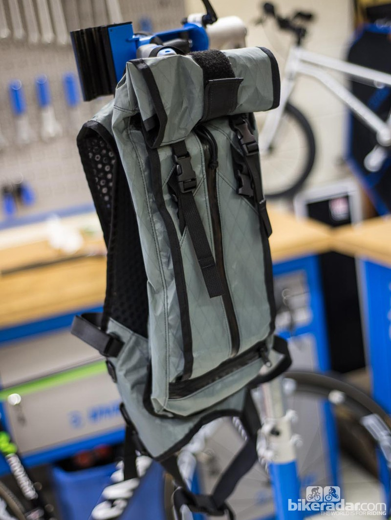 Acre Supply The Hauser 10L hydration pack