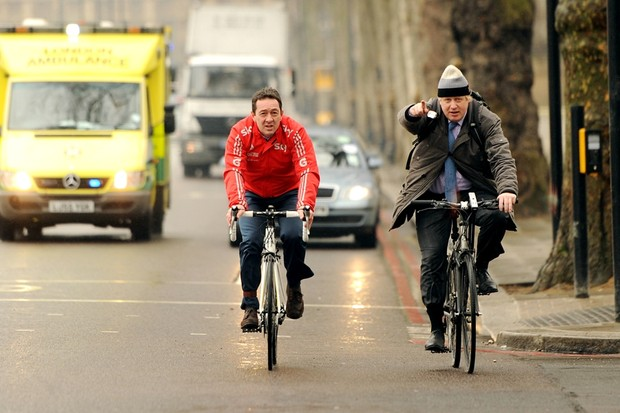 Chris Boardman will pilot a British Cycling manifesto for safer cycling today