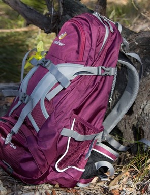 The straps control the effective size of the pack – you can sinch them down to stop your belongings shifting around inside