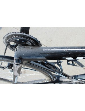 The BB90 shell anchors the massive down tube and staunch chain stays. The resulting stiffness is immediately apparent when sprinting or even just standing over rough road