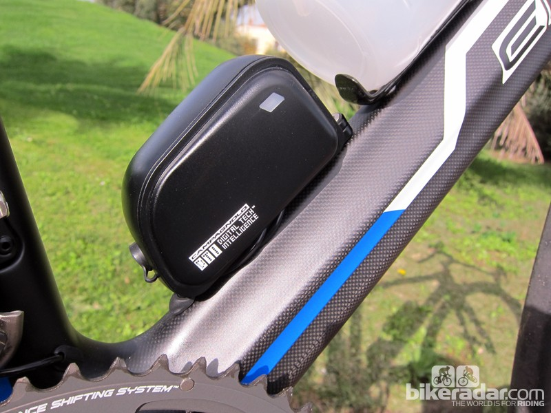 Internal battery options for Di2 and EPS drivetrains - BikeRadar