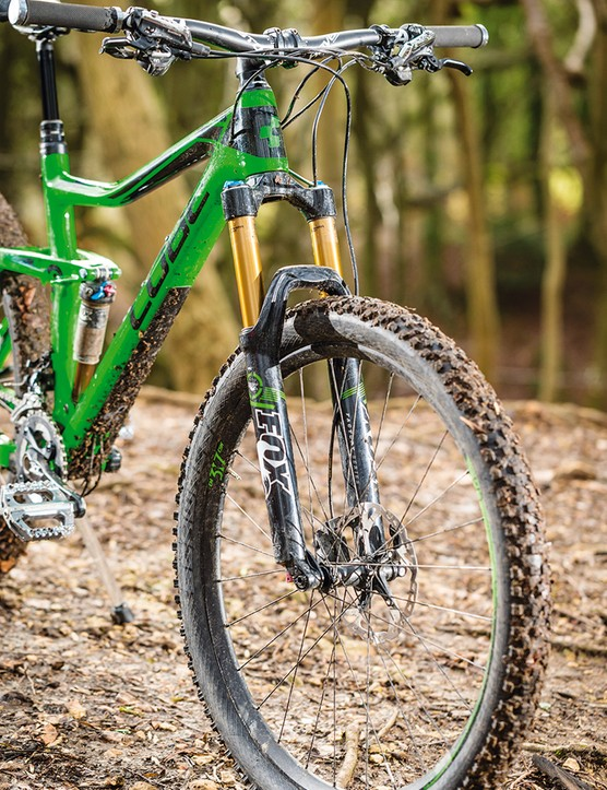 With 160mm of travel front and rear, the Stereo is ready for the toughest of trails