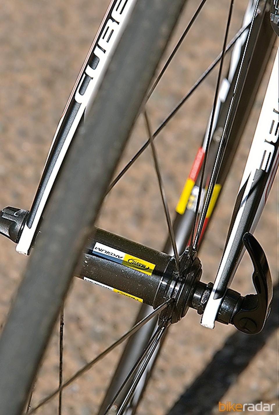 Mavic's Aksium/Aksion wheelset rolls smoothly