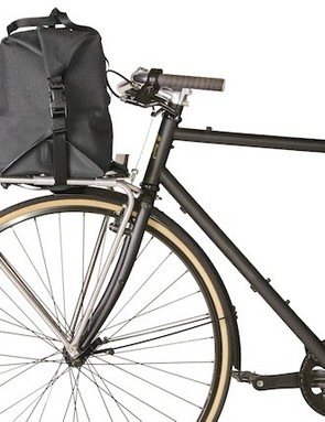 Front Rack Duffle is designed to mount to flat, Pouteur-style racks