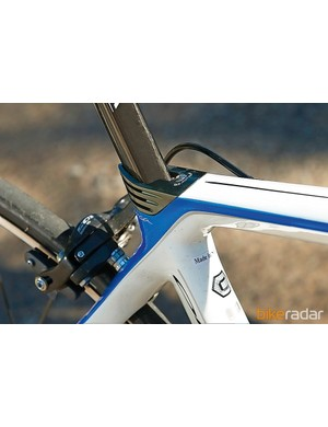 Incorporating the seatpost clamp into the frame makes it more aerodynamic