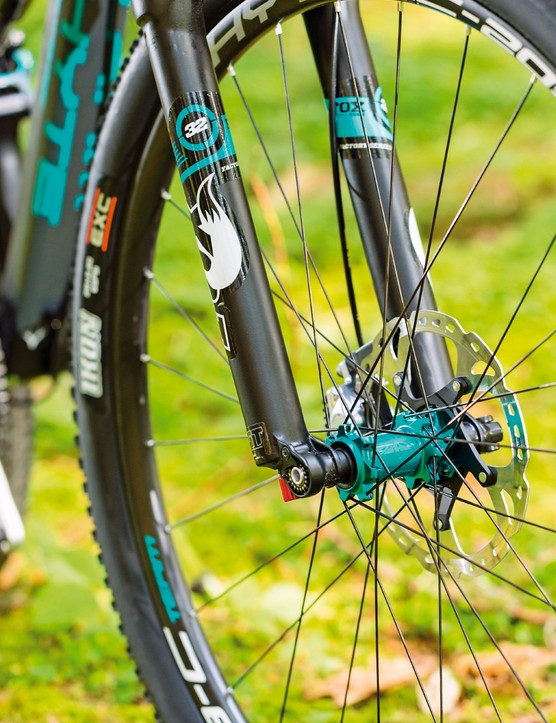 There's 100mm of travel up front from the Float Factory FIT CTD fork
