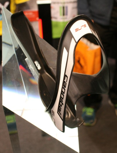 Expect to see Elite sponsored professional teams using the lower profile Cannibal Carbon bottle cage this year. Works particularly well on small road frames and mountain bikes say Elite