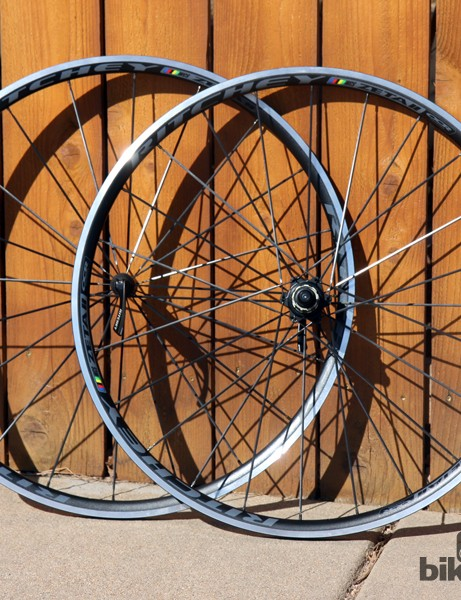 The all-new Ritchey WCS Zeta II road wheels feature 17mm-wide (internal width) tubeless-compatible rims and sleek cartridge bearing hubs with hidden spoke flanges