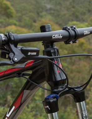 The Stromlo 2.0 features a 710mm wide flat handlebar, the widest that Australian standards allow