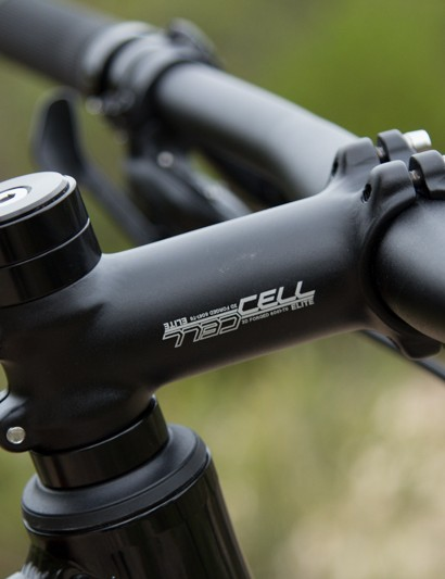 There is plenty of steerer-tube adjustment available for varying bar height. We settled with ours in the middle of the range and found it unlocked the bike's trail potential