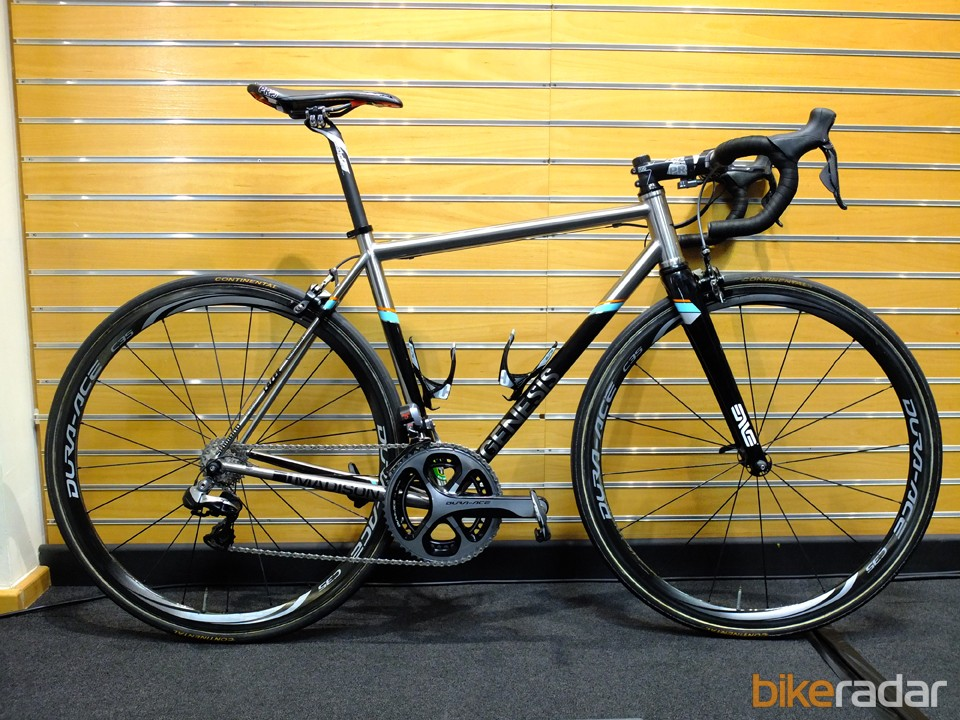Madison Genesis 2014 Volare team bike