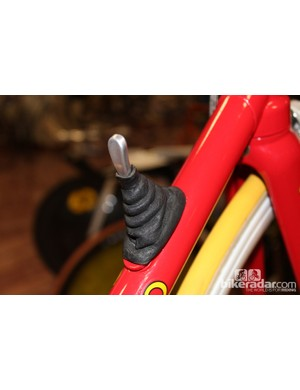 The car-racing inspired down tube shifter controlled the internal gearing