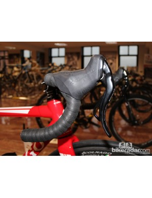 The co-branded Colnago/Formula electronic/hydraulic levers beat Shimano to the punch