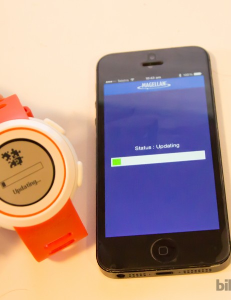 The watch is only limited by the phone's software - here an update is performed via Bluetooth