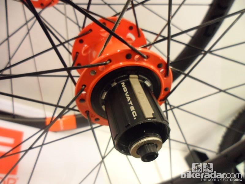 Novatec Factor 21 wheels