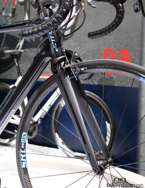 Production SwiftCarbon SCULP framesets will include 3T Rigida LTD carbon forks