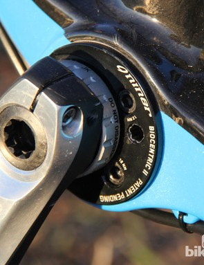 The One 9 RDO uses Niner's BioCentric II bottom bracket to tension the chain