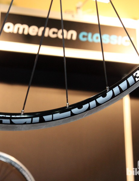 Claimed weight on each American Classic Magnesium Clincher rim is just 280g