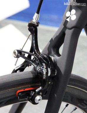 The brakes look to be carried over from the standard Campagnolo Super Record version