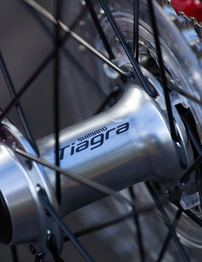 The Merida no doubt features the best hubs on test - the Shimano Tiagra hubs were noticably smoother and faster to spin. A large 11-30T rear cassette provides plenty of gear range for the hills